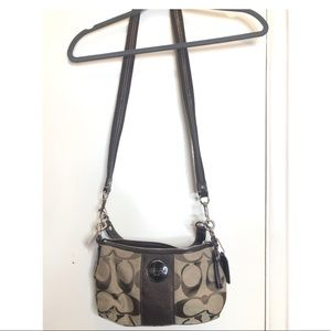 New Authentic Coach handbag with cross strap
